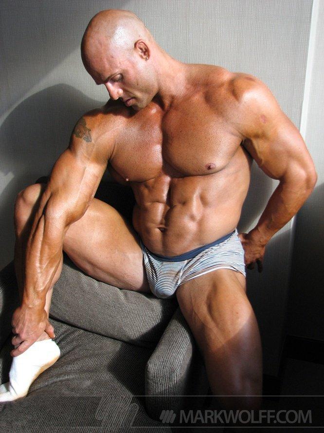 Naked Bodybuilder Peter Latz