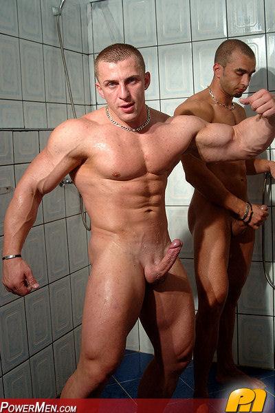 Мускулистые мужики голые фото