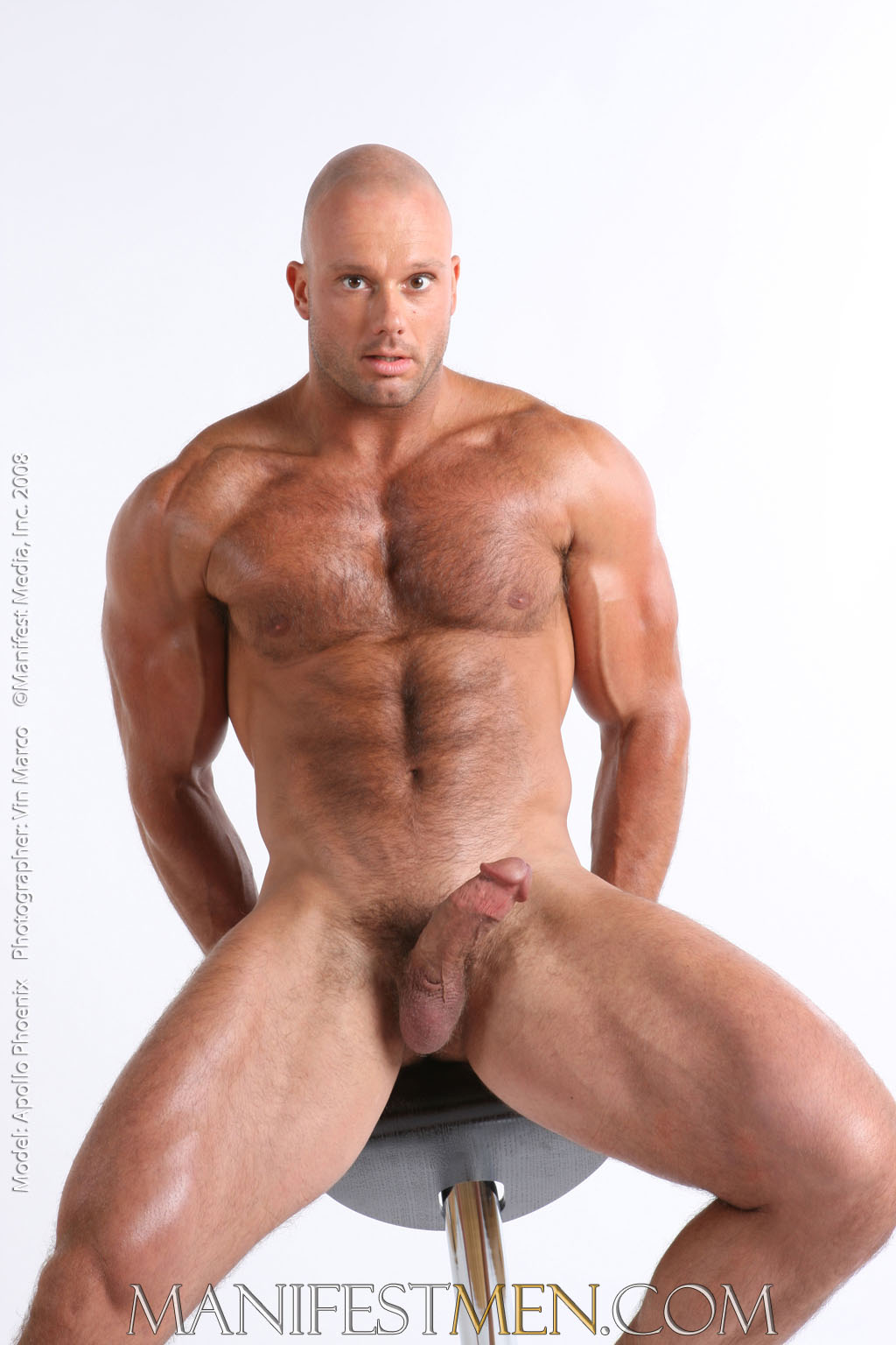 big muscle men nude