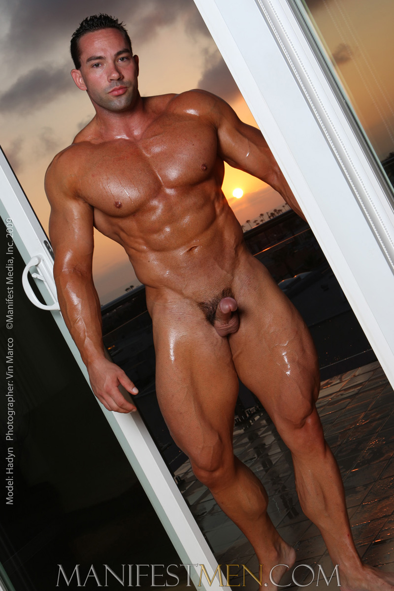Gallery gay muscle video